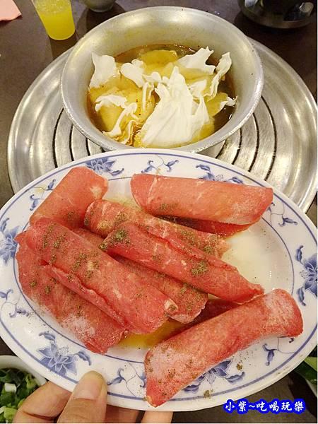 火烤二吃牛肉-旺旺臭臭鍋廣東店 (6).jpg