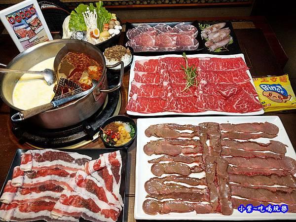 1肉多多桃園旗艦店.jpg