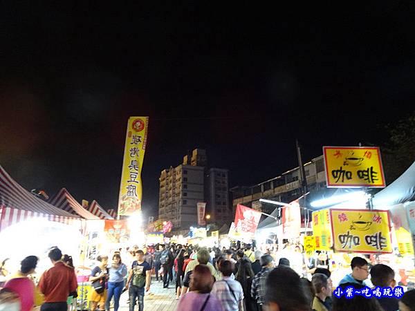 2019屏東綵燈節攤販區 (3).jpg