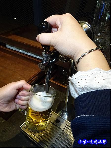 台啤生啤酒-廚窗港點飲茶百匯-桃園 (1).jpg