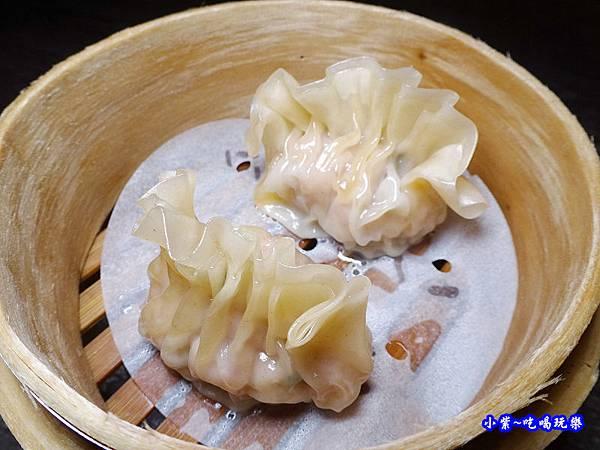 翠玉魚翅餃-廚窗港點飲茶百匯-桃園.jpg