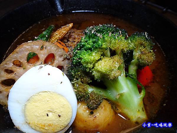 每日手作漢堡湯咖哩-銀兔湯咖哩西門店 (1).jpg