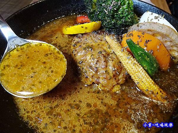 每日手作漢堡湯咖哩-銀兔湯咖哩西門店 (2).jpg