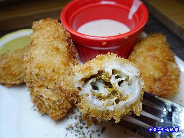 炸廣島牡蠣-銀兔湯咖哩西門店 (1).jpg