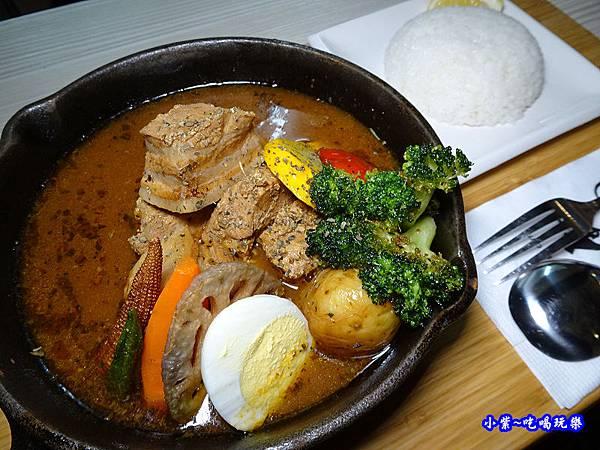 燴燉豬肉湯咖哩-銀兔湯咖哩西門店.jpg