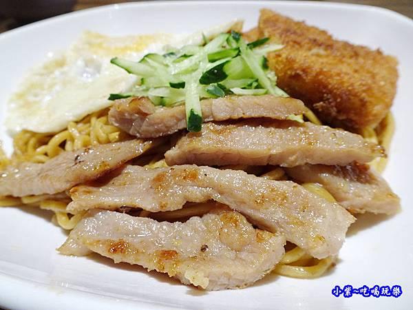 海軍陸戰隊炒麵-光頭早午餐屋 (6).jpg