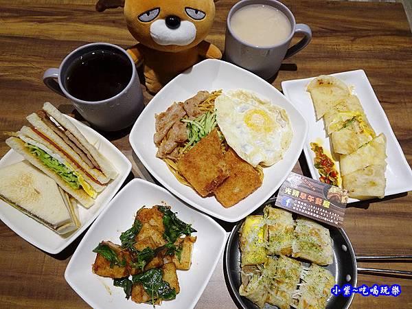蘆洲-光頭早午餐屋 (4).jpg