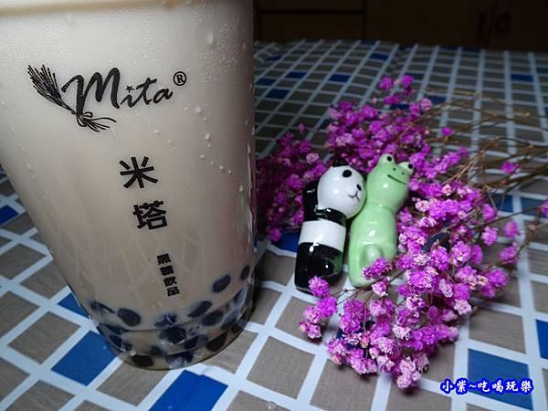 黑糖珍珠鮮奶-米塔黑糖桃園統領  (2).jpg