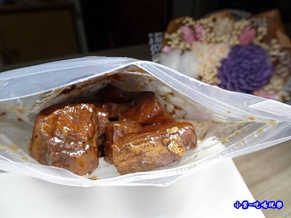 招牌豆干-搗蛋菇   蔬食滷味 (1).jpg