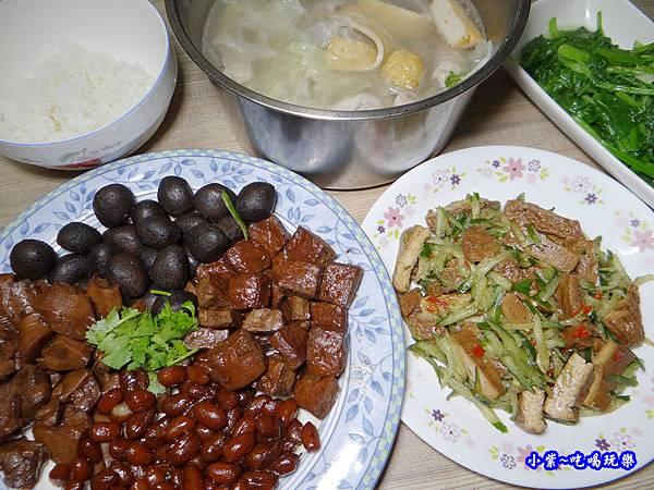 搗蛋菇蔬食配菜9.jpg