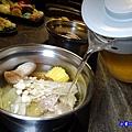 自己加湯-食鮮日式火鍋吃到飽.jpg