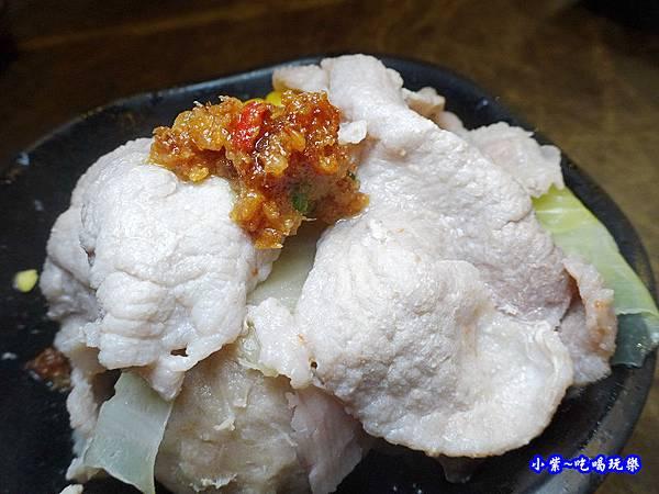 梅花豬肉-食鮮日式火鍋吃到飽  (1).jpg