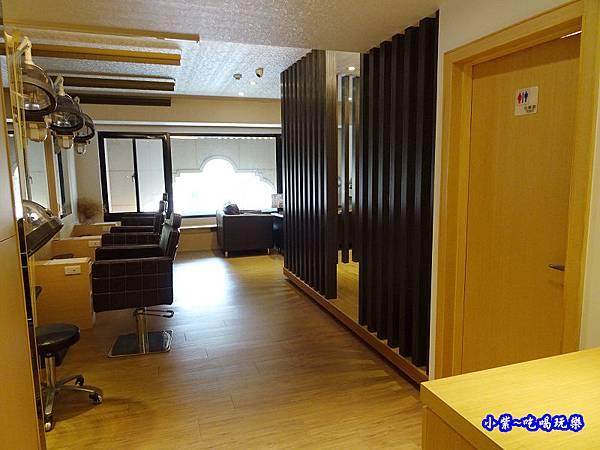 髮寶大有店2樓 (3).jpg