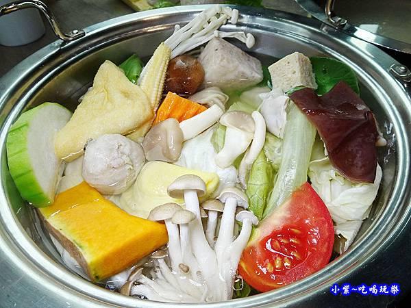 澎湃菜盤-百味釜精緻鍋物46.jpg