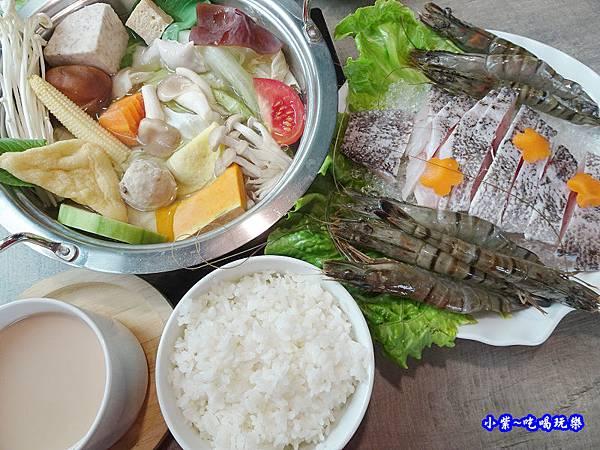鮮蝦石斑鍋套餐-百味釜 (3).jpg
