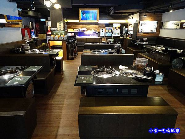 用餐環境-瓦崎燒烤火鍋公館店 (1).jpg