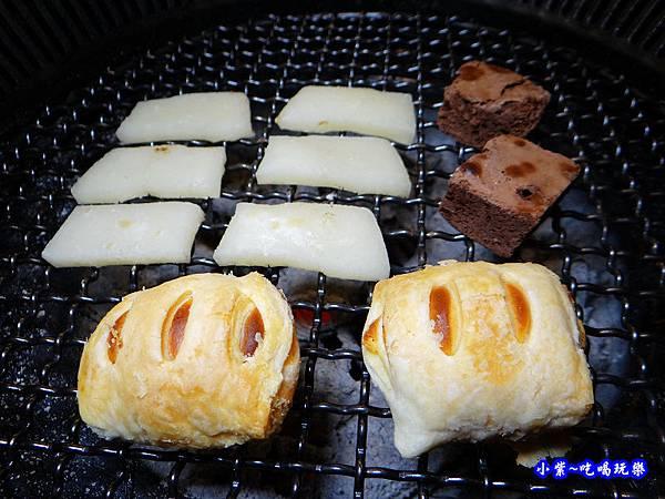 烤甜點-瓦崎燒烤火鍋公館店.jpg