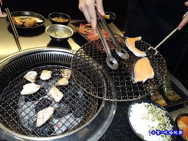 換烤網-瓦崎燒烤火鍋公館店.jpg