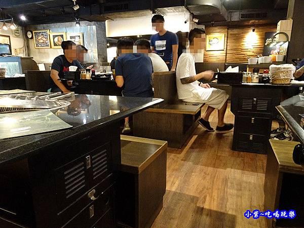 用餐環境-瓦崎燒烤火鍋公館店 (4).jpg