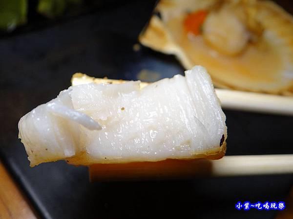 北海道生食級干貝-柒串燒屋長安東路 (2).jpg