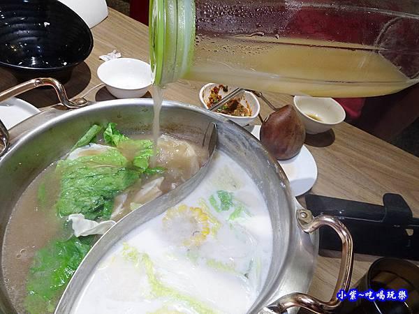 黑蒜肉骨鍋-澤鍋物 (3).jpg