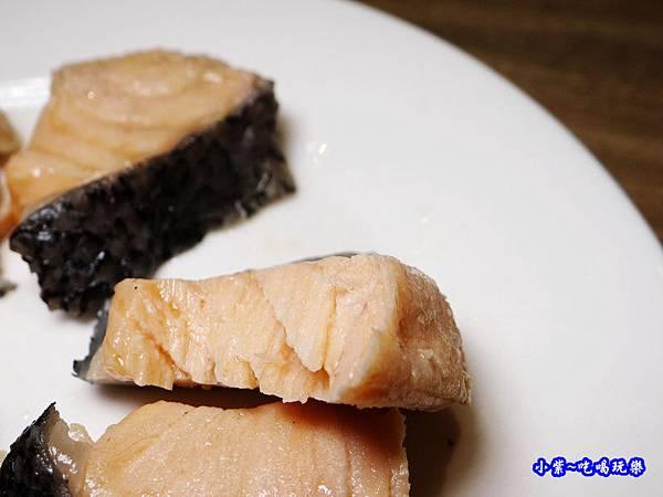 鮭魚-澤鍋物 (2).jpg