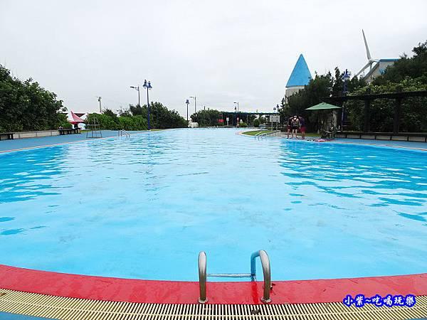 大泳池-大安濱海樂園  (1).jpg