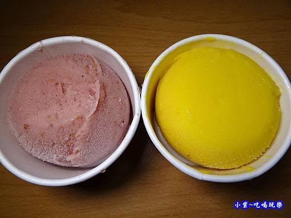 小琉球美食-允好嘉冰淇淋2.jpg
