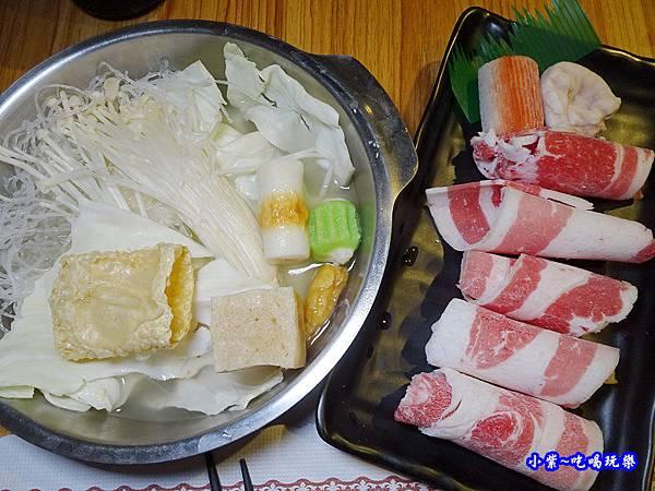 牛肉鍋-老湯鍋八德店 (5).jpg
