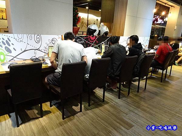 老湯鍋24小時火鍋-八德店 (25).jpg