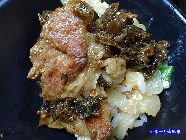 梅干扣肉-苗栗棗莊 (2).jpg