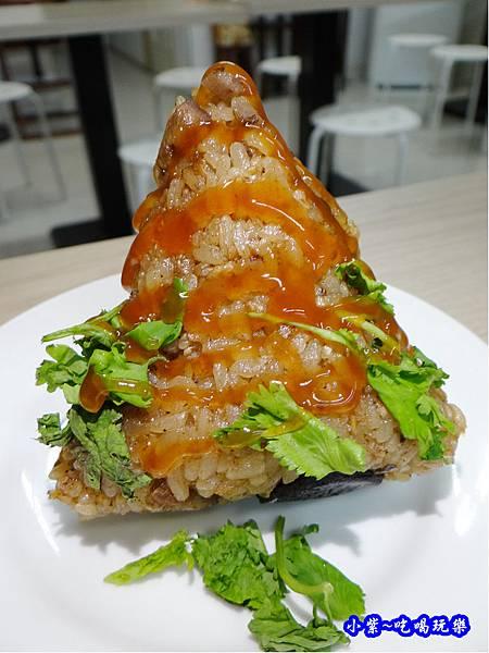 北部粽-潘姨肉粽  (2).jpg