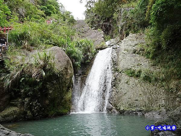 猴洞坑瀑布(下層瀑布) (1).jpg