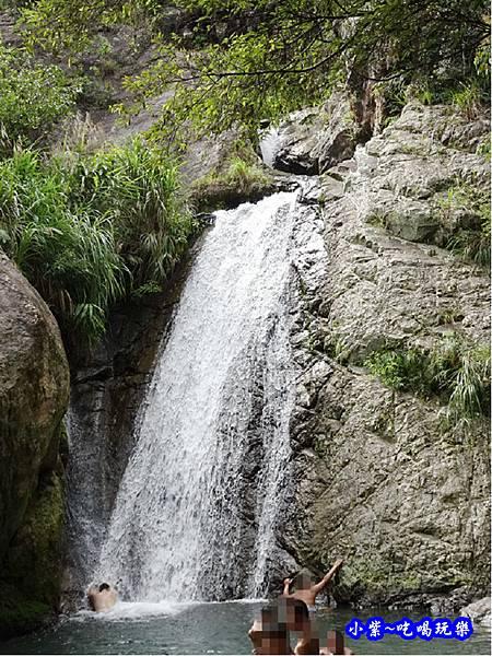 猴洞坑瀑布(下層瀑布) (6).jpg