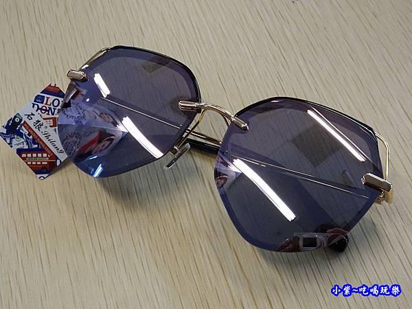 鏡面紫造型墨鏡-德新瞳 (5)45.jpg