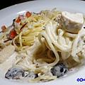 奶油蘑菇雞肉義大利麵-沛緹歐 (2).jpg