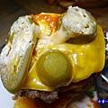 美式雙層起司辣味漢堡-沛緹歐 (2).jpg