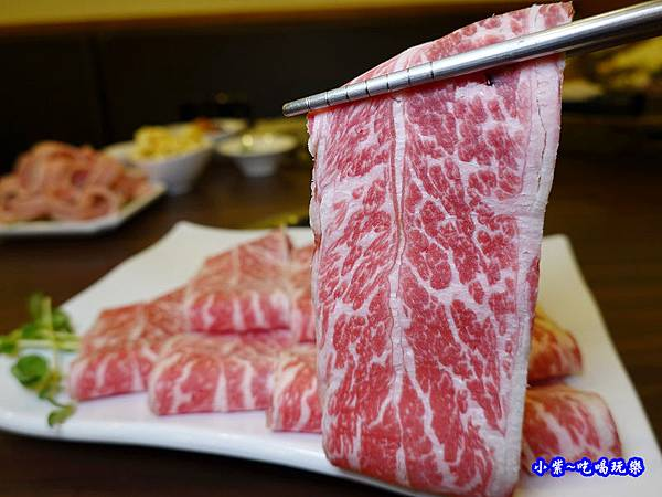 八方悅-頂級安格斯一級牛小排 (4).jpg