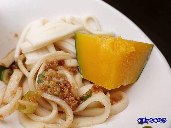 八方悅鍋物-麵食  (4).jpg