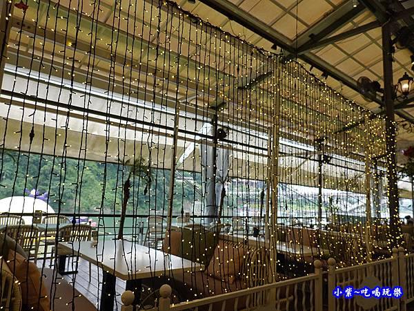 堤岸景觀餐廳-碧潭風景區 (2).jpg