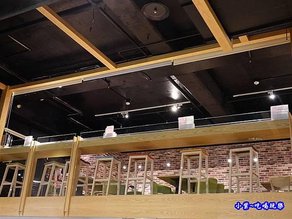 單人座位區-茶自點永和旗艦店.jpg