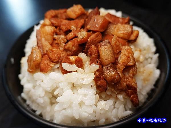 滷肉飯-京棧鍋物.jpg