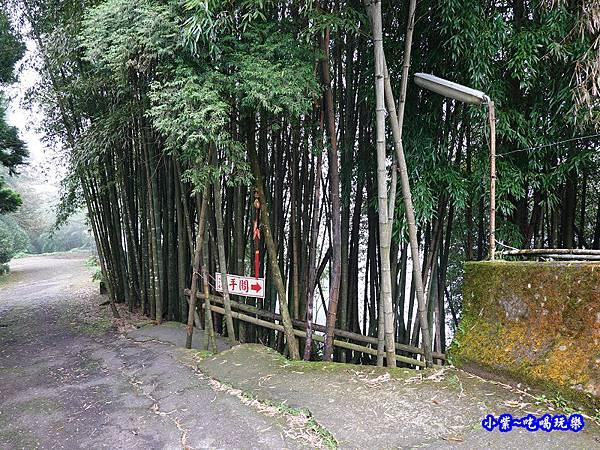 武岫農圃廁所 (1).jpg