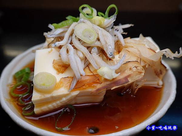 冷奴豆腐佐魩仔魚-美味子家庭和風料理  (1).jpg