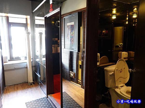 化粧室在3樓-端陽邀月桃園店.jpg