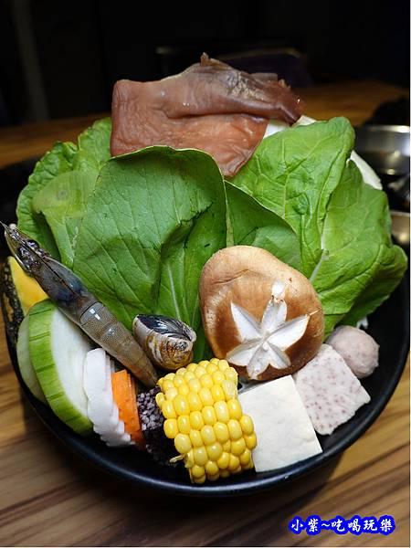 菜盤-2019沙鹿驛庭鍋物 (3).jpg
