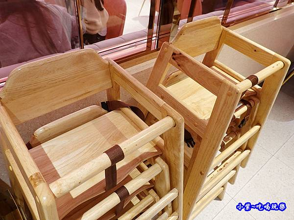 兒童餐椅-美滋鍋台灣.jpg