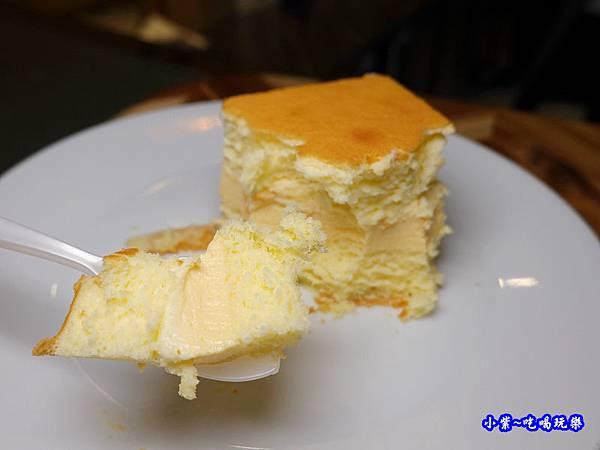 巴黎燒燉布蕾-東京巴黎甜點 (1).jpg