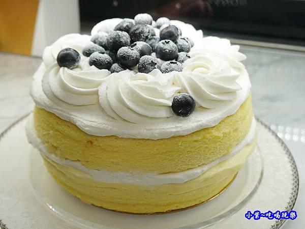 北海道水嫩布蕾牛奶蛋糕-東京巴黎甜點.jpg
