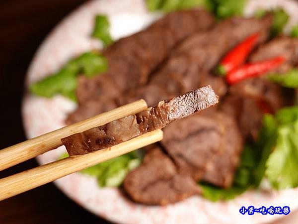 黑竹園滷牛肉 (1).jpg